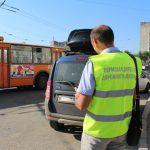 За платными парковками в Перми теперь следит пеший патруль